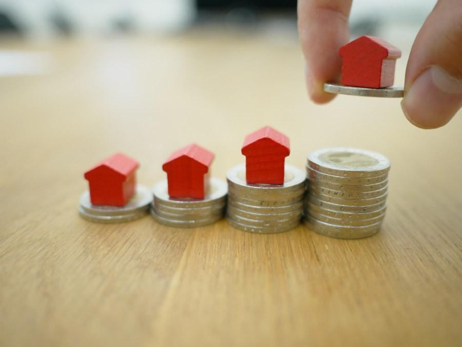 Poduszka Finansowa, poznaj wszystkie najważniejsze informacje o poduszce finansowej i odkładaniu pieniędzy na czarną godzinę!
