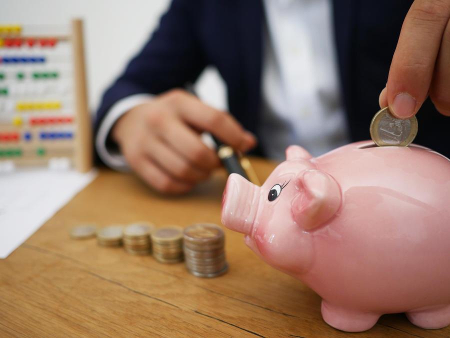 Zalety i wady kredytów dla firm
