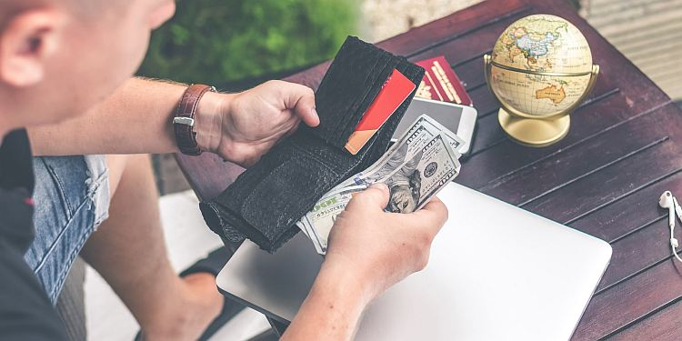 Jak wybrać najlepszy kredyt gotówkowy w Warszawie?
