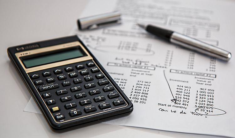 Czy osoby pracujące za granicą mogą otrzymać kredyt w Polsce?